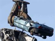 Abgewracktes Auto, Foto: AP