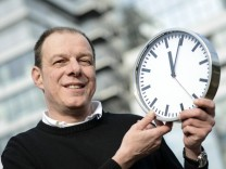 Kampf gegen Zeitumstellung - Hubertus Hilg