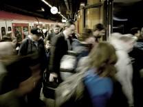 München: Verkehrs-Chaos / Pendler-Problem / Berufsverkehr / MVV