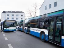 Neuer Bus für Planegg und das Würmtal, , Planegg vor dem Pfarrheim St. Elisabeth