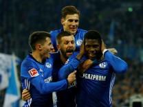 Bundesliga - Schalke 04 vs TSG 1899 Hoffenheim