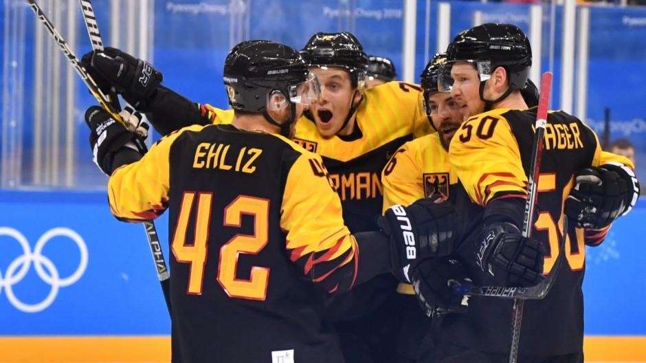 Eishockey - Deutschland bezwingt Norwegen 2:1