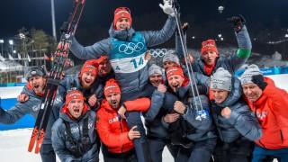 Olympia: Das deutsche Biathlon-Team feiert die Silbermedaille von Simon Schempp 2018 in Pyeongchang.