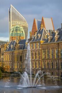 Der Binnenhof in der Innenstadt von Den Haag Niederlande Sitz des Ministerpräsidenten und der Eers