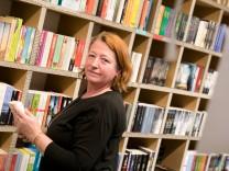 Vera Kahl in der Blattgold-Buchhandlung im Einkaufszentrum Meile Moosach, Bunzlauer Platz. Tassilo-Preis