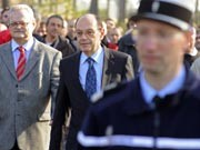 Sony-Frankreich-Chef Serge Foucher verlässt das Werk in Pontox-sur-l'Adour, Foto: AFP