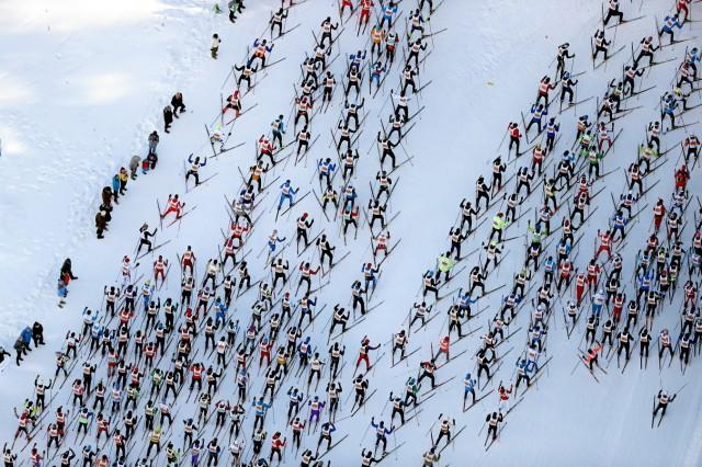 Engadin Skimarathon: Laeufer-Schlange bei Sils Maria - Pressebilder