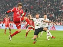 Thomas MUELLER MÜLLER FCB 25 Torschuss schiesst das Tor zum 3 0 FC BAYERN MUENCHEN BESIKTAS IST