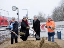 Spatenstich Barrierefreier Ausbau Bahnhof Unterschleißheim