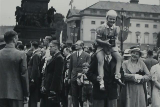 Inge Kolb Fotografin aus Oberpframmern 1936 in Berlin