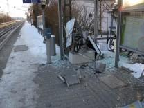Gesprengter Fahrkartenautomat in Grub