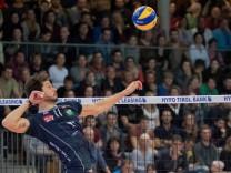Angriff ¦ Pedro Henrique FRANCES 11 AV Volleyball Hypo Tirol Alpenvolleys Unterhaching AV