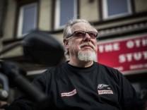 The Other Place Stuttgart Pressegespräch zum Thema Stuttgarter Hells Angels trotz des Verbots ab j