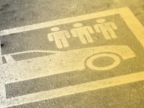 """Diesel-Fahrverbote sind nur ein erster Schritt. Deutschland braucht eine Verkehrswende sagt Andreas Knie im """"Interview am Morgen""""."""
