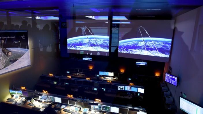 Kontrollzentrum vom Deutschen Zentrum für Luft- und Raumfahrt in Oberpfaffenhofen, 2016