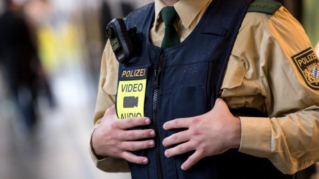 """Polizei testet ´Body-Cams"""""""