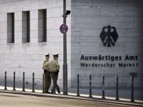 Auswärtiges Amt in Berlin: Hacker griffen im Februar 2018 dort unter anderem das deutsche Regierungsnetz an.