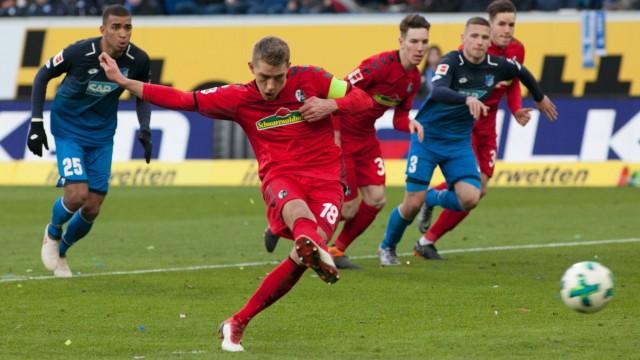 24 02 18 Fussball 1 Bundesliga 24 Spieltag TSG Hoffenheim SC Freiburg Auf dem Bild Der Au