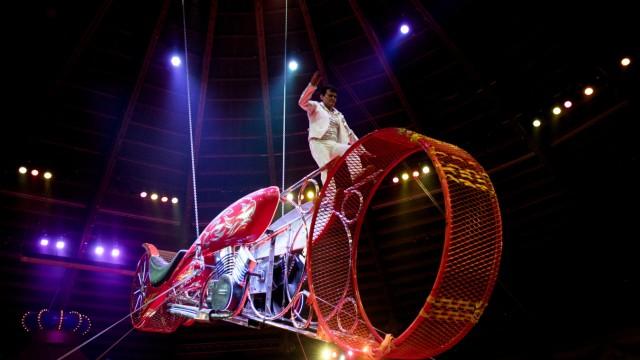 Circus Krone, dritte Premiere der Wintersaison