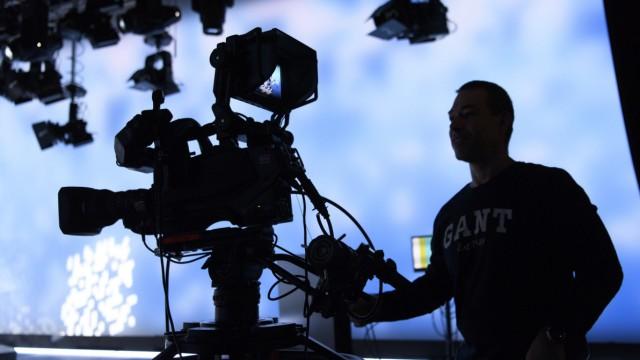 Schweizer entscheiden über Rundfunkbeitrag