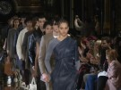 Fashion Week Paris: Stella McCartney zeigt tragbare Dramatik (Vorschaubild)