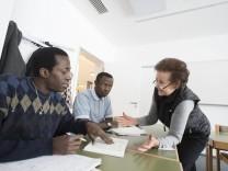 Grünwald, Bürgerhaus Römerschanz, Deutschkurse für Flüchtlinge