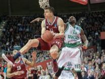 Vladimir LUCIC 11 FCB and Stephane LASME 13 UKA Basketball FC Bayern FCB UNICS Kazan