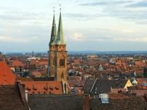 In Ballungsräumen wie Nürnberg ist der Bedarf an günstigen Wohnungen größer als das Angebot.