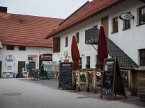 München: Sendling im tristen Grau des Winters. Stemmerhof.