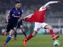 1. FSV Mainz 05 v FC Schalke 04 - Bundesliga