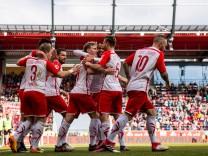 GER Fussball Herren Saison 2017 2018 2 BL 11 03 2018 SSV Jahn Regensburg vs SV Sandhausen Josh