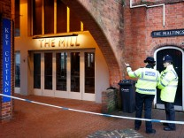 In einer Pizzeria und einem Pub (Bild) in Salisbury wurden Spuren eines Nervengifts entdeckt, mit dem ein Attentat auf einen russischen Ex-Doppelagenten verübt wurde.