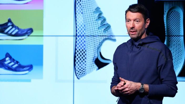 Adidas-Vorstandschef Kasper Rorsted auf einer Bilanz-Pressekonferenz