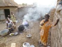 """Ausstellung """"Kids behind the Camera"""" von Marie Köhler im Kösk, Schwanthalerhöhe, Foto von: Rosine_Roamba wennemi,16 Jahre alt, Burkina Faso 2013"""