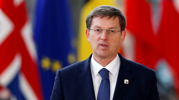 Slovenia's PM Cerar arrives at a EU leaders informal summit in Brussels