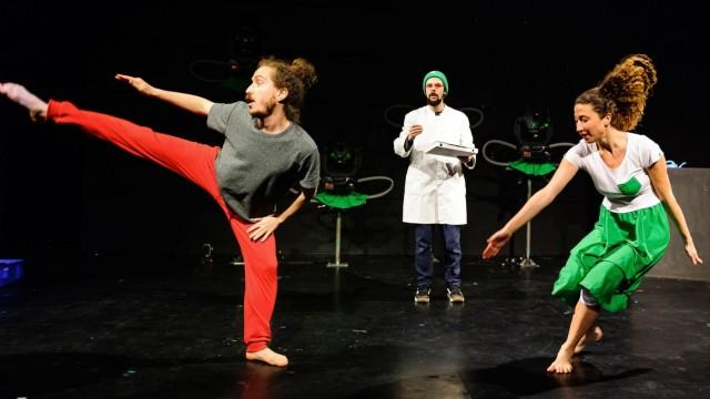 """Theater Wasserburg: Tanztheater nach """"Coppelia"""""""
