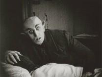 Max Schreck Nosferatu 1922 PUBLICATIONxINxGERxSUIxAUTxONLY Copyright xHAx 31316_172
