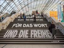 Impressionen aus den Hallen der Leipziger Buchmesse 2018 Leipzig 15 03 2018 Foto Holger John