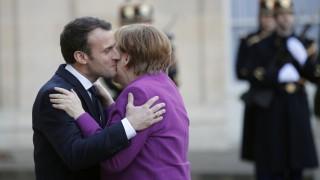 Bundeskanzlerin besucht Paris