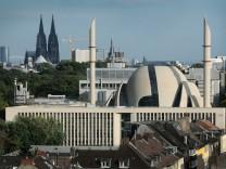Zentralmoschee Köln-Ehrenfeld