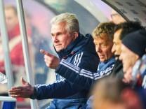 Trainer Cheftrainer Jupp HEYNCKES FCB Halbfigur Aktion Einzelbild Portrait Portraet Einzelak; Jupp Heynckes RB Leipzig FC Bayern