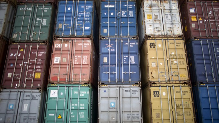 FILE PHOTO: Containers are seen at the Mariel port on the outskirts of Havana