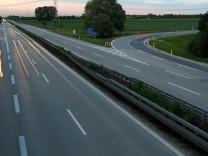 Autobahn A92 bei Unterschleißheim, 2014