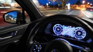 Haftungsfragen nach Unfall mit selbstfahrendem Uber-Wagen.