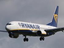 Niki Lauda soll Chef der Airline bleiben. Die Mehrheit an Laudamotion soll allerdings an Ryanair gehen.