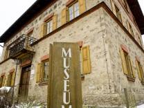 Museum Grafing