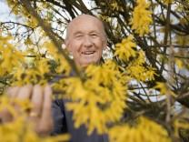 Haar, Walter Immler beobachtet seit 35 Jahren die Vegetation in der Gemeinde,