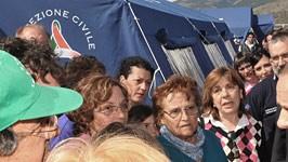Berlusconi zu Erdbeben-Opfern