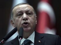 Der türkische Präsident Recep Tayyip Erdogan auf einer Parteiveranstaltung 2018 in Ankara.
