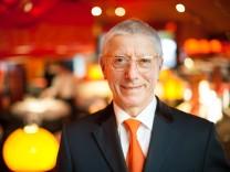 Im Edelrestaurant Tantris in München arbeitete Pietro Petronilli 43 Jahre lang, jetzt geht er in Ruhestand.